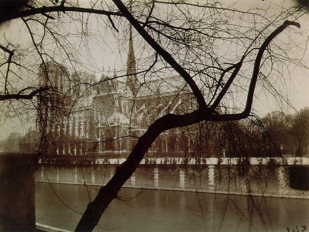Eugene Atget, Notre Dame, 1925